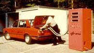 1978: Erstmals kann ein Auto in Europa mit Wasserstoff betankt werden