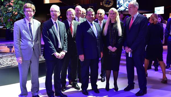 Bundeswirtschaftsminister Sigmar Gabriel zu Besuch auf der ILA 2016