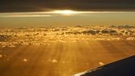 HALO unter hohen Wolken über dem Atlantik
