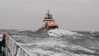 Schiffsfahrt bei Wind und Wetter vor Helgoland