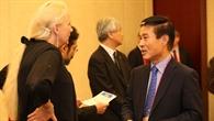 Prof. Pascale Ehrenfreund im Gespräch mit Joo%2dJin Lee