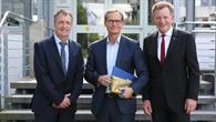 Der Regierende Bürgermeister des Landes Berlin beim DLR in Adlershof