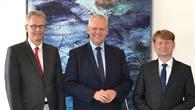 Niedersachsens Wissenschaftsminister Björn Thümler zu Gast beim DLR in Oldenburg