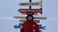 Wegweiser in der Antarktis