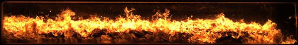 Die Verbrennung in der Brennkammer ARIEL wird mit Hilfe einer Hochgeschwindigkeitskamera mit circa 10.000 Bildern pro Sekunde beobachtet. Die Strömung innerhalb der Brennkammer ist stark turbulent.<br />Credit: DLR (CC%2dBY 3.0)