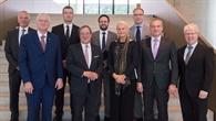 NRW%2dMinisterpräsident Laschet zu Besuch im :envihab
