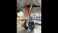 Bremsabdeckungen und teilweise Verkleidung des Hauptfahrwerks