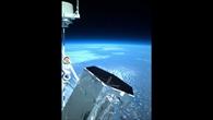 Blick über Nord%2dKanada mit dem Lidar%2dTeleskop im Vordergrund (und den Maskottchen der Mission Maus und Elefant in Raumanzügen)
