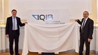 Logo%2dEnthüllung des Instituts IQIB