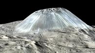 Perspektivische Ansicht des Ahuna Mons