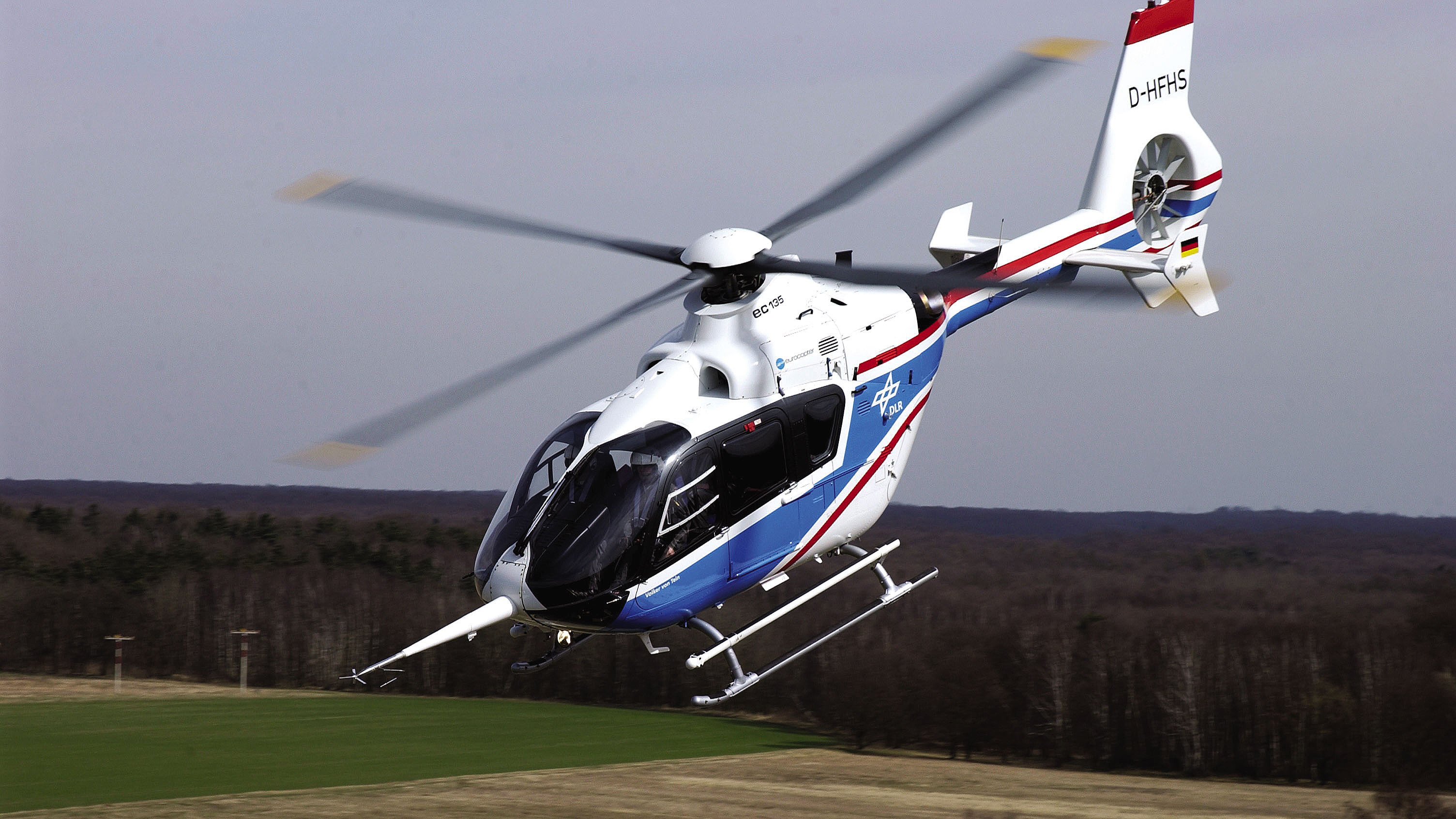 10 2 Wire >> ACT/FHS Flying Helicopter Simulator