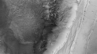 HRSC%2dNadiraufnahme eines Ausschnitts des Nordabbruchs von Ius Chasma