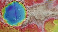 Falschfarbendarstellung der Topographie in Memnonia Fossae
