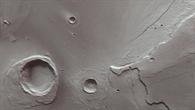Anaglyphenbild des Kraters Worcester im Mündungsgebiet der Kasei Valles