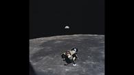 Die Mondfähre Eagle kehrt zur Columbia zurück