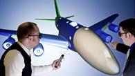 Das Deutsche Zentrum für Luft- und Raumfahrt (DLR) hat mit 13 führenden Vertretern der europäischen Luftfahrtindustrie und -forschung die weitere intensive Zusammenarbeit vereinbart. Durch die Fortführung der EU-Technologie-Initiative CleanSky wollen die Partner den Wandel des Luftverkehrs zu einem ökoeffizienten Transportsystem stärken. Dafür sollen von 2014 bis 2020 gemeinsam mit der EU insgesamt 3,6 Mrd. Euro investiert werden. Das Programm CleanSky 2 wird weitere Forschungs- und Entwicklungsarbeit für eine umweltfreundliche und effiziente Luftfahrt in Europa leisten. Das DLR trägt erneut in führender Rolle dazu bei.