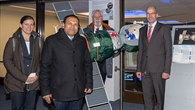 Generalkonsul Rajaram im Deutschen Raumfahrtkontrollzentrum