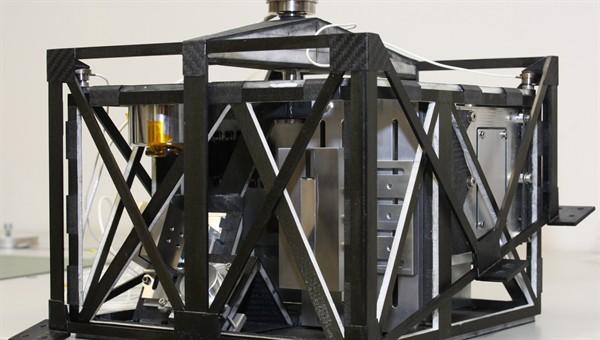 Hochintegrierter Asteroidenlander MASCOT (Mobile Asteroid Surface Scout)