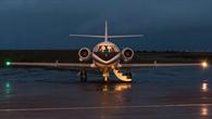 DLR%2dForschungsflugzeug Falcon auf dem Flughafen Keflavik in Island