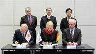 Abkommensunterzeichnung zwischen DLR und AIST