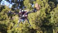 Drohne mit visuellen und Wärmebildkameras