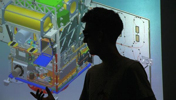 Entwicklung einer Kollaborationsplattform für die Satellitenentwicklung