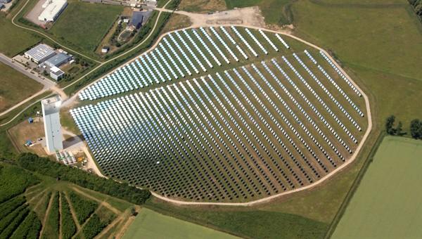 Der Solarturm in Jülich