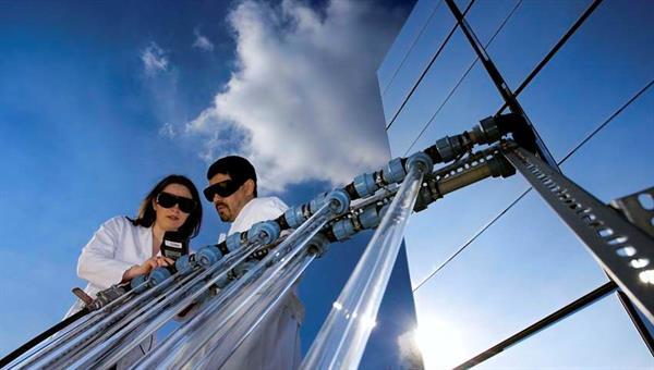 Produktionsverfahren und Oberflächenuntersuchung von Redox%2dPartikeln für die Herstellung solarer Düngemittel