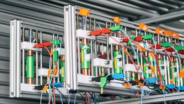 Batterielabor generische Bilder Zellen im Klimaschrank
