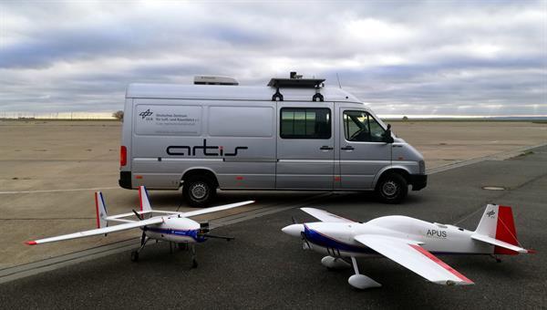 Flugversuchsträger am Erprobungszentrum für unbemannte Luftfahrtsysteme in Cochstedt