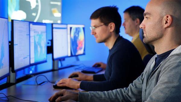 Entwicklung von Geodatendiensten im Erdbeobachtungszentrum