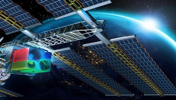Seit August 2018 nimmt das hyperspektrale Instrument DESIS/MUSES auf der ISS Daten auf.