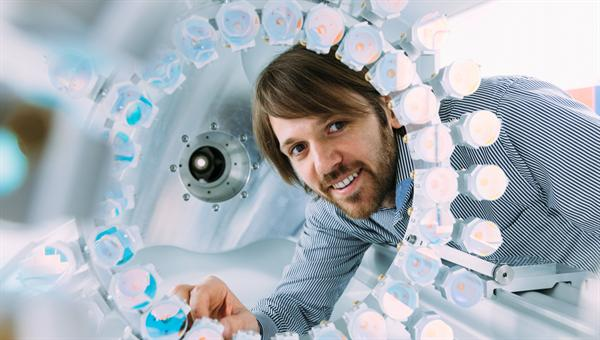 Daniel Kolbe will Weltraumschrott mit Laserlicht vermessen