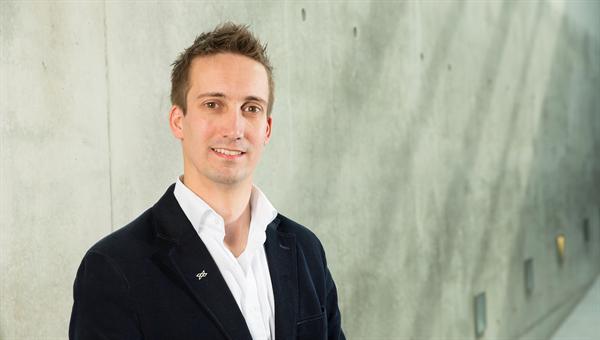 Marco Scharringhausen bereitet internationale Weltraummissionen vor