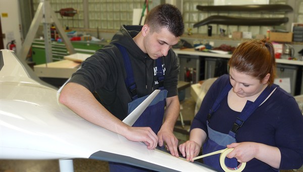 Ausbildung zum/zur Verfahrensmechaniker/in für Kunststoff%2d und Kautschuktechnik %2d Fachrichtung Faserverbundwerkstoffe