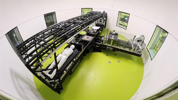 Die Kurzarm%2dHumanzentrifuge ermöglicht es, die Wirkung erhöhter Schwerkraft zu erforschen. (Bild: DLR)