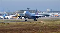 Start einer Eurowings%2dMaschine am Flughafen Köln/Bonn