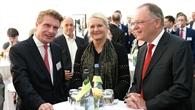 Niedersachsens Ministerpräsident Weil bei der Einweihung des Instituts für Vernetzte Energiesystme