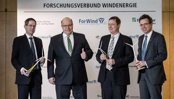 http://www.dlr.de/dlr/presse/en/Portaldata/1/Resources/bilder/portal/portal_2013_1/scaled/forschungsverbandwind_l.jpg