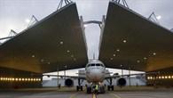 DLR%2dForschungsflugzeug ATRA in der Lärmschutzhalle