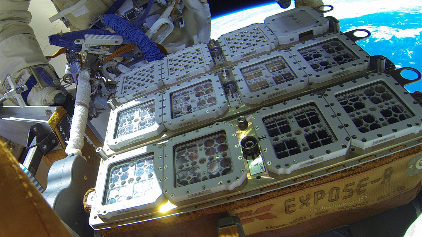 ff109a82bf3c64 On 22 October 2014, cosmonauts Maxim Suraev (top left in the picture the  glove of his space suit is visible) and Aleksandr Samokutyayev removed the  ...