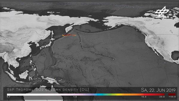 Ausbruch des Vulkans Raikoke auf den russischen Kurileninseln