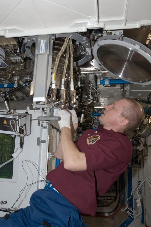 Commissioning of MSL/MSRR-1: Installation of LGF in MSL by Christer Fuglesang.
