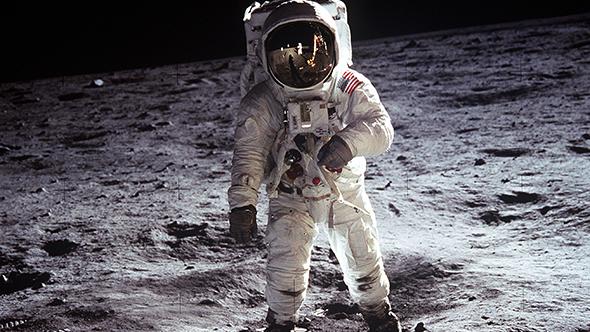 Buzz Aldrin auf dem Mond. Das Foto hat Neil Armstrong gemacht. Die beiden waren die ersten Menschen, die den Mond betreten haben. Bild: NASA