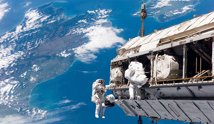 """Mit der """"Faszination Raumfahrt"""" will die Initiative ESERO für naturwissenschaftliche Themen begeistern. Bild: NASA"""