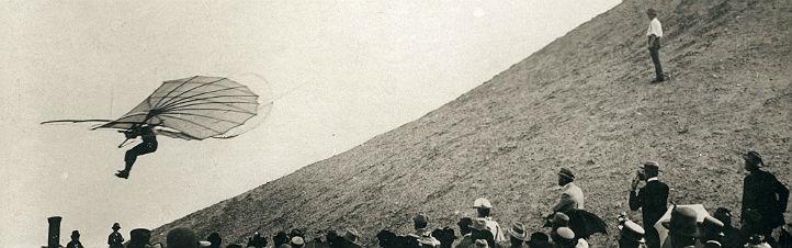 Lilienthal bei einem seiner Flugversuche. Bild: www.lilienthal-museum.de