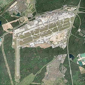 Eine Luftaufnahme des größten deutschen Flughafens in Frankfurt/Main. Bild: Fraport