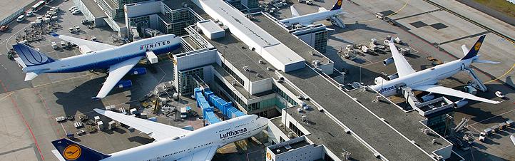 Ein Flughafen: Was alles hinter den Kulissen passiert, bleibt Passagieren meist verborgen. Bild: Fraport