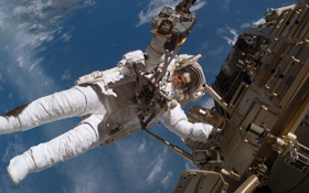 ESA-Astronaut Christer Fuglesang beim Spacewalk. Bild: NASA, ESA