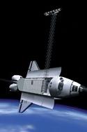Mit einem langen Mast, an dessen Spitze sich Radar-Instrumente befanden, umrundete die Raumfähre bei SRTM die Erde. Bild: DLR